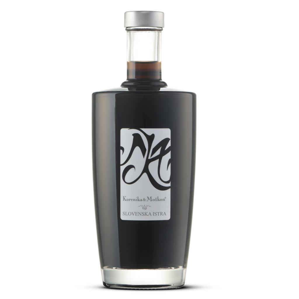 izdelek-oreh-destilat-0,5L-korenika-moskon